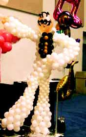 Balloon sculpture of Elvis
